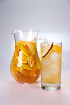Clinton Kelly's Cider Sangria #thechew