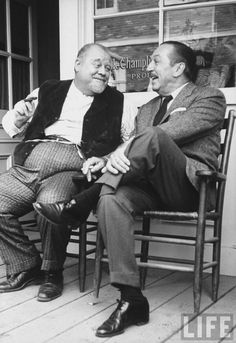 In October 1962 folk singer Burl Ives chatting with Walt Disney sitting on porch in Hollywood. Walt Disney World, Disney Parks, Disney Pixar, Disney Songs, Old Disney, Disney Love, Disney Magic, Disney Stuff, Jim Henson