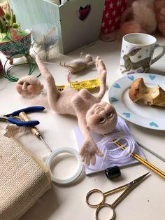 The creative chaos! Needle Felting Kits, Felt Books, We Bear, Work With Animals, Create A Family, Teddy Bears, Cool Cats, Kittens Cutest, Newborn Photography