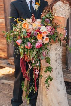 All about this bohemian-inspired cascading flower wedding bouquet.