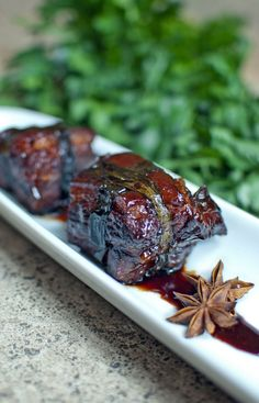 The rich caramelised sauce is beautifully fragrant with star anise, cinnamon and Shaoxing wine and the meat is tender, fatty and moist.
