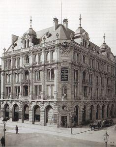 1889 Berlin - Pschorr Haus, Friedrichstraße 165 Ecke Behren (Foto: Hermann Rückwardt).
