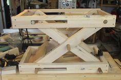 Scissor Bench - Adjustable Height, Motorized Workstation