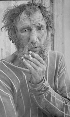 Paul Cadden-hyperrealist, all drawn in pencil, incredible, looks like bw photo!