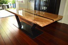 epoxy tafel - Unieke Tafels op maat met staal, rvs en massief hout
