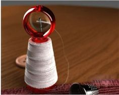 Struggle to thread a needle?You need this