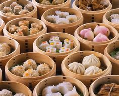 ❤Dim Sum - oh my gawd I LOVE dim sum! :( I miss you, dim sum. I Love Food, Good Food, Yummy Food, Yummy Yummy, Bao Dim Sum, Dimsum, My Favorite Food, Favorite Recipes, Favorite Things