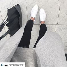 #Repost @kaviargauche  my mood because i've missed the #morrissey concert yesterday: tristesse. #tristessedeluxe #thesmiths #meatismurder #badmood but #weekend #greyismyhappycolour #adidas #pointcourt #adidaspointcourt #sneakeraddict #coscoat #cosstores #elektropulli #ootd