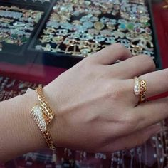 Golden bracelet and ring sets Gold Bangles Design, Gold Jewellery Design, Diamond Jewellery, Bridal Bangles, Bridal Jewelry, Gold Rings Jewelry, Gold Earrings, Jewlery, Gold Necklace