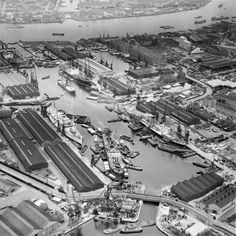 Surrey Quays has a rich heritage for its Docklands which were once the oldest and busiest in London. A perfect place to set yourself up with a new home. London Docklands, Vintage London, Old London, South London, London Boroughs, Isle Of Dogs, London History, British History, River Thames