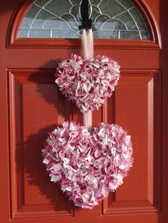 {Tutorial: Fabric Scraps Double Heart Valentine Wreath by Just For Rachel}