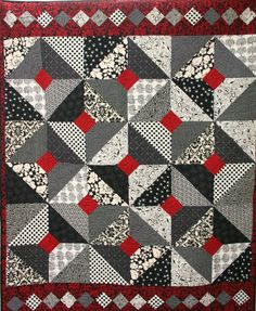 black white and red quilts | Love Black, White and Red; and love Black, White and yellow.