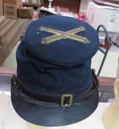 Original Civil War artillery forage bummers cap, maker marked contract !