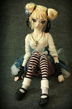 One of a kind Porcelain BJD Doll by Aidamaris Roman . Forgotten Hearts .   Flickr