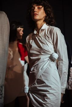 Backstage at Jacquemus All Black Fashion, All About Fashion, Love Fashion, Runway Fashion, Fashion Show, Phresh Out The Runway, Models Backstage, All Black Looks, Dress Making Patterns