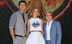 'The Hunger Games: Mockingjay' cast takes a trip to Cannes — PHOTOS | EW.com
