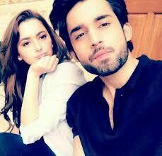 2 star 🌟 in one pic omg Pakistani Models, Pakistani Dramas, Pakistani Actress, Bilal Abbas Khan, Pak Drama, Hania Amir, Celebs, Celebrities, Beautiful Couple
