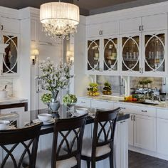 Kitchen Glass Cabinets Stools For Island 18 Best Door Upper Images Dining Love The Beautiful Kitchens Cupboards White