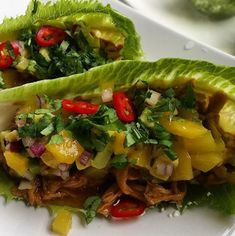 Homemade pulled chicken lettuce tacos with fresh mango salsa ✔