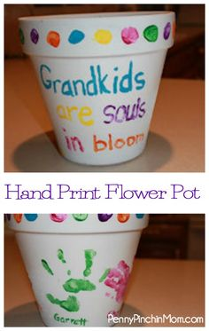 Here is a unique and personalized gift idea for any grandparent. Making this Hand Print Flower Pot is super easy - and the kids get to play with paint (which makes it even more fun)!!  Find out how make Handprint Flower Pots!
