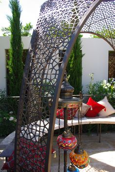 Hampton Court Flower Show, Gates And Railings, Paradise Garden, Lotus Design, Some Pictures, Hanging Chair, Metal Working, Outdoor Furniture, Flowers