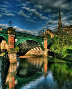 Great Western Bridge in #Glasgow, Scotland