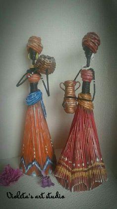 Home decor ideas bonecas negras Cardboard Box Crafts, Paper Mache Crafts, Paper Weaving, Weaving Art, African Dolls, African Art, Paper Dolls, Art Dolls, Rolled Paper Art