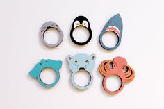 Doi! Jegesmacis is van! :D // Animal Wooden Rings by whimsymilieu on Etsy