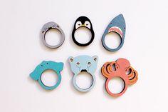 Pingouin anneau en bois par whimsymilieu sur Etsy