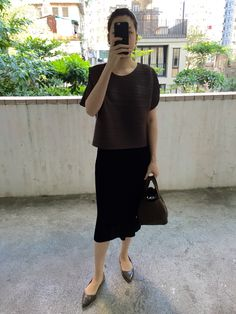 Pleats Please Issey Miyake top and dress, Zara pointy flats, Hermes Picotin Lock in Cafe.