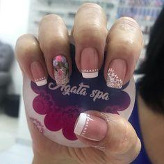 """agataspamedellin en Instagram: """"Forrado y esmaltado Semipermanente #semipermanente #forrado💅 Somos expertas en uñas acrílicas,forrado de uña natural, semipermanente y…"""" Pretty Toe Nails, Pretty Toes, Gel Nails, Nail Polish, Luxury Nails, Dope Nails, Nail Spa, Perfect Nails, Simple Nails"""