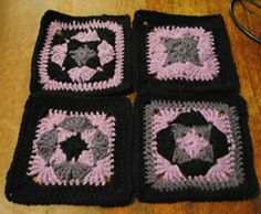 Ravelry: Project Gallery for Topsy Turvy pattern by April Moreland