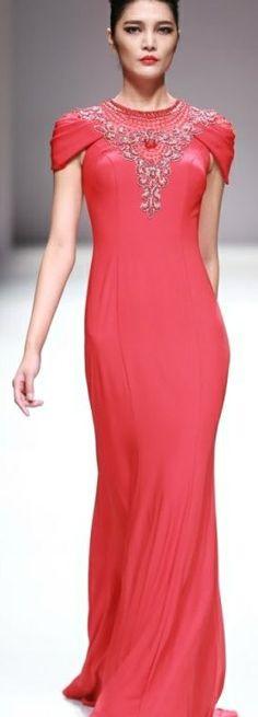 LA CHARRI Lu Weixing Dress Collection