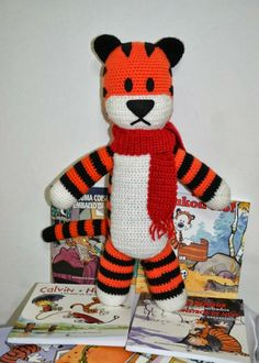 Hobbes Amigurumi Free Crochet Pattern ( Scroll Down)