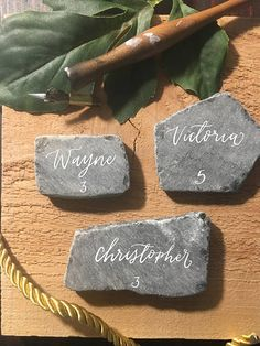 Slate Stone Place Cards Rock Place Cards Name Cards Escort Wedding Tips, Wedding Table, Wedding Name Cards, Slate Stone, Wedding Preparation, Green Wedding, Unique Weddings, Place Cards, Wedding Decorations