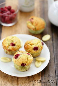 Muffins aux framboises et chocolat blanc pour l'octobre rose