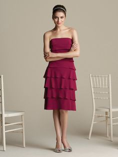 Sheath Strapless Knee-length Chiffon Tiered Bridesmaid Dress