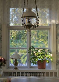 My vintage Swedish dining room Cottage Style, Windows And Doors, Scandinavian Home, Cozy Cottage, Country Cottage, Cottage Windows, House Interior, Scandinavian Cottage, Vintage Cottage