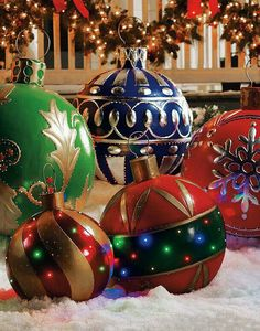 diy outdoor christmas decorations big christmas ornaments     Christmas Eve Entertaining