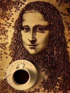 Mona Lisa con granos de cafe