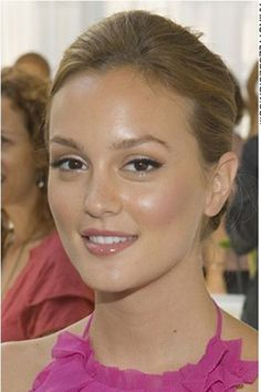 In another life I looked like leighton meester