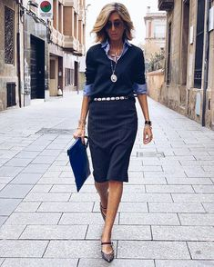 senior fashion over 50 for women Office Fashion, Business Fashion, Mode Ab 50, Casual Outfits, Fashion Outfits, Fashion Trends, Moda Fashion, Womens Fashion, Style Work