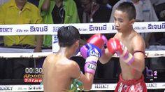 http://ift.tt/2lXG2JH l ศกมวยดวถไทยลาสด 1/4 19 กมภาพนธ 2560 มวยไทยยอนหลง Muaythai HD : Liked on YouTube [Flickr]