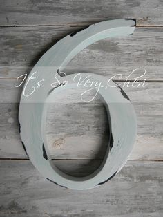 "cool looking ""old"" enamel number for porch Diy Letters, Letters And Numbers, Love Letters, Painting Letters, Diy Painting, Crafts To Make, Crafts For Kids, Diy Crafts, Distressed Painting"