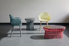 yarn wrapped - German design firm Studio Nito designed the 'Bobina' furniture collection that features a series of yarn-wrapped pieces. Chair Design, Furniture Design, Furniture Chairs, Funky Furniture, Colorful Furniture, Journal Du Design, Hospitality Design, Furniture Making, Rattan