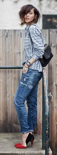 #casualoutfits #spring | Grey Stripe Shirt + Ripped Denim + Pop Of Color | Les Babioles de Zoe