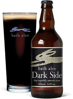 Cerveja Dark Side, estilo Dry Stout, produzida por Bath Ales, Inglaterra. 4% ABV de álcool.