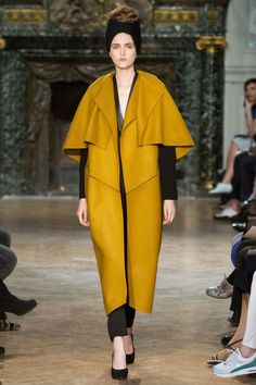 FALL 2014 COUTURE STÉPHANIE COUDERT