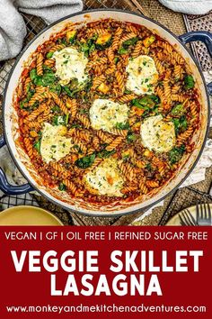 Satisfying and comforting, this easy Veggie Skillet Lasagna is packed with plant powerhouse goodness and makes for a delicious meal your family will love. Whole Food Recipes, Vegan Recipes, Vegan Foods, Lunch Recipes, Fall Recipes, Skillet Lasagna, Skillet Meals, Zucchini Tart, Al Dente