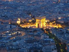 Paris - Arch de Triomphe by night